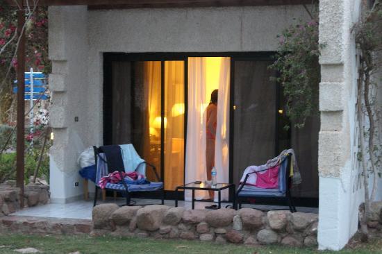 Hilton Sharm El Sheikh Fayrouz Resort : our room from the pool