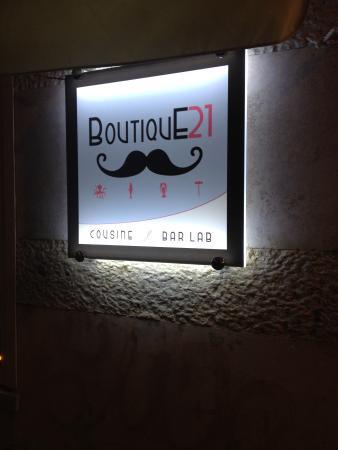 Boutique21 cousine& barlab