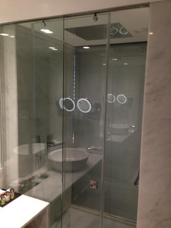 sdb design - Picture of Hotel Santa Justa, Lisbon - TripAdvisor