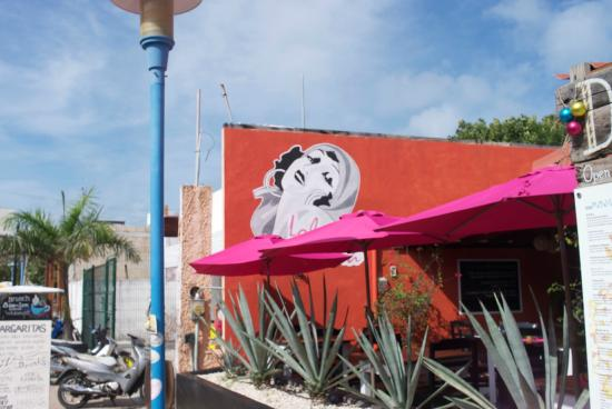 Rosticeria La Mexicana: The Woman On The Wall