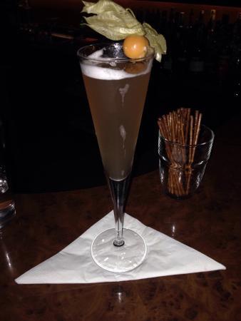 Dino's American Bar