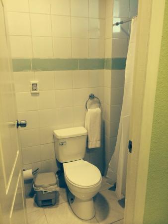 Islazul Hotel Camaguey : Bathroom