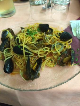Ristorante Pizzeria Vesuvio : Spaghetti alle vongole