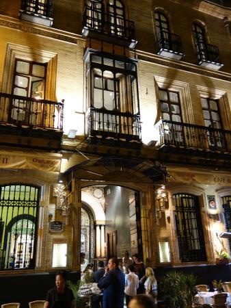 Cafe Seville Hours