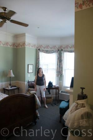 Grey Gables Inn : Inside the Wordsworth Room