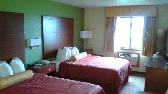 Best Western Plus Altoona Inn : Nice room, good mattresses