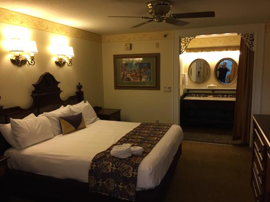 king room upgraded pool view picture of disney s port orleans rh tripadvisor com
