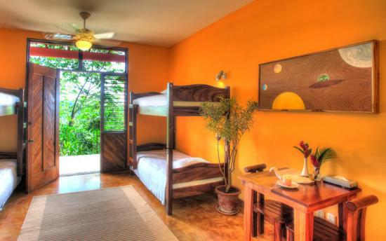Costa Rica Yoga Spa: Shared quad room