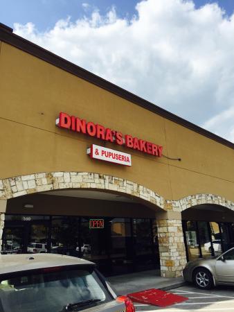 Dinora's Bakery Y Poppuseria