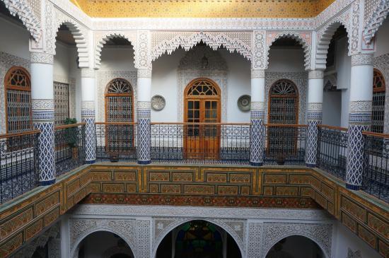 Riad Sara: 2階廊下より