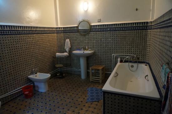 Riad Sara: バスルーム