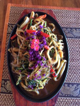 El Monte Azul Bar & Restaurant