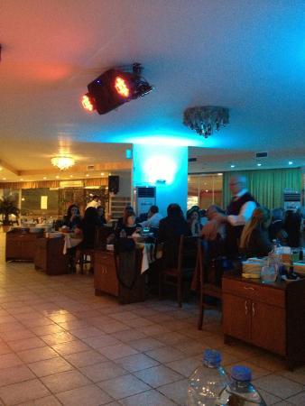 Good music picture of borsa restaurant adana tripadvisor for Ambiance cuisine nice