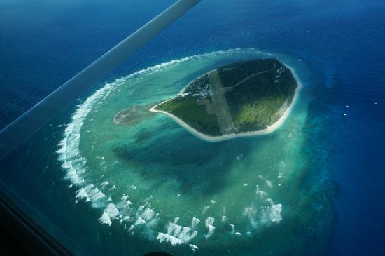 Lady Elliot Island Lighthouse: 島上空から