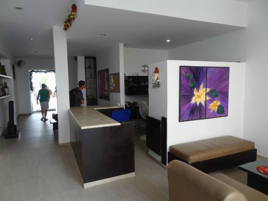 Apartamentos Commodore Bay Club: Recepção