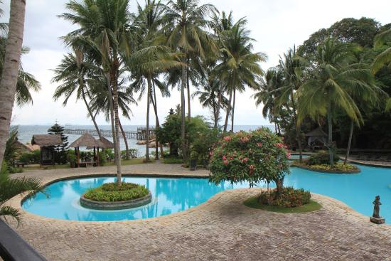 Turi Beach Resort: Aqua Pool