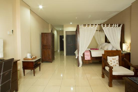 The Jayakarta Suites Komodo-Flores : Suites Room