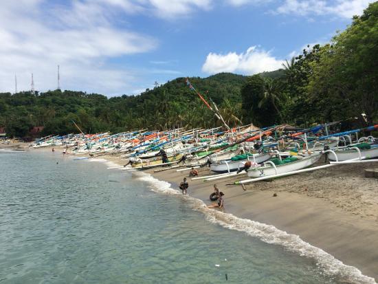 Kila Senggigi Beach Lombok Kila Senggigi Beach Resort_fishing Village Nearby