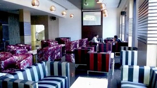 Neptune Bar - at Fortune Select Grand Ridge