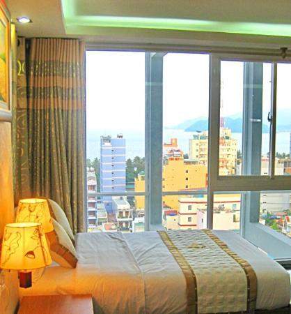 Thang Long Hotel: My room