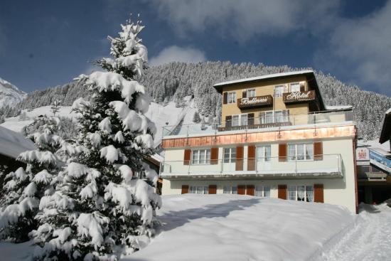 Hotel Bellevue: Winter