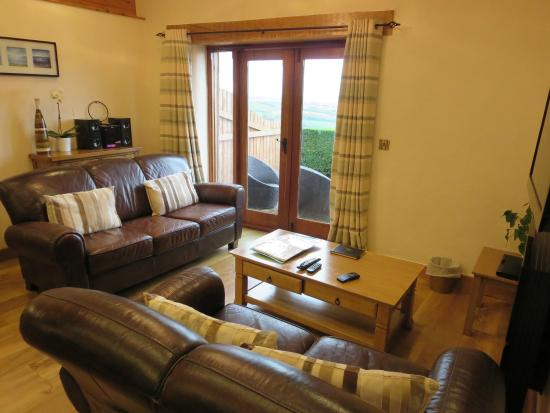 Wooldown Holiday Cottages: Lounge