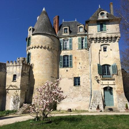 Chateau de La Celle Guenand: Spring at Chateau Celle Guenand