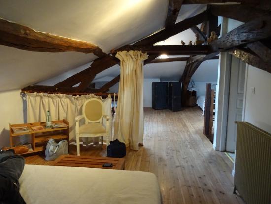 Eynesse, Francia: chambre nulle dans les combles