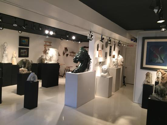 Nanimahoo's Native Art Gallery