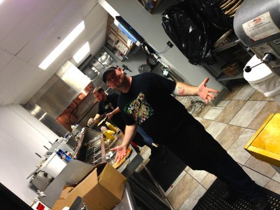 Larrys Pizza Has Great Staff
