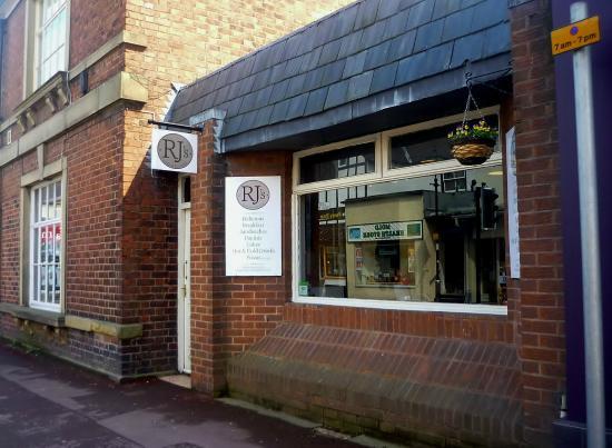 RJ's Cafe & Pizzeria: RJ's Cafe, Mold