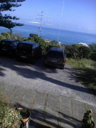B&B Villa Rosa: Veduta dalla veranda