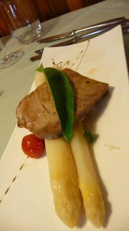 Landgasthof Rebstock: Thunfisch mit mariniertem Spargel