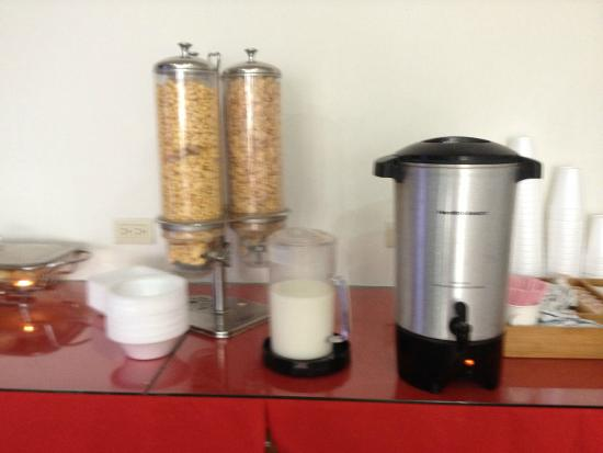 Seven Crown Hotels: cereal and coffee