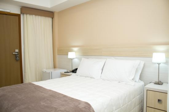 Bella vista hotel desde encarnacion paraguay for Hotel luxsur encarnacion