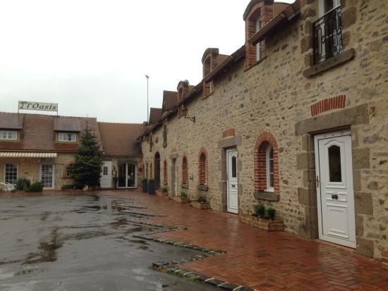 Oasis Hotel: Même sous la pluie c'était joli !
