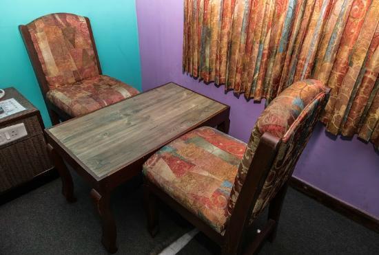 Orchid Inn: Room