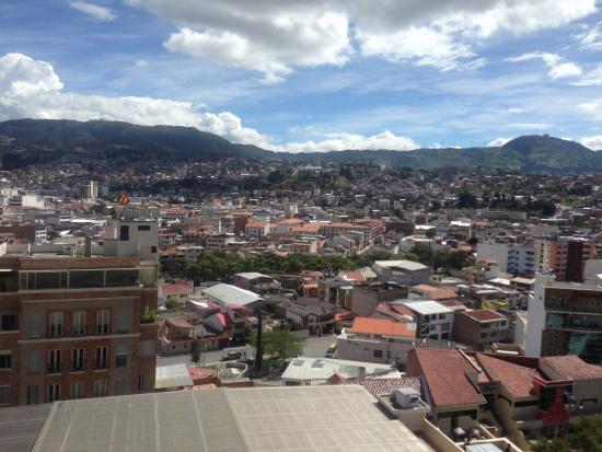 Howard Johnson Hotel Loja: View Of Loja From Hotel