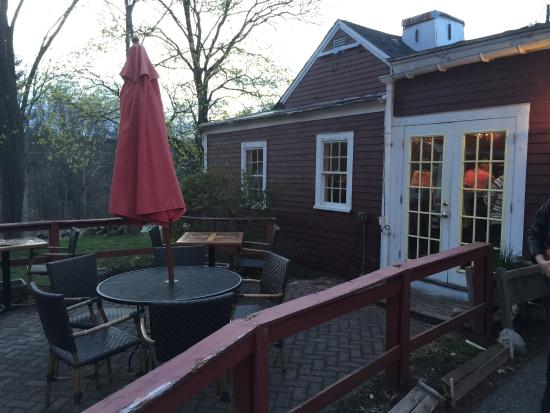 Rapscallion Table Tap Outdoor Dining In Warm Weather