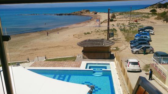 Almira Hotel: Θέα από δωμάτιο