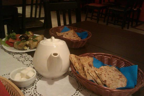 Cafe Hindi