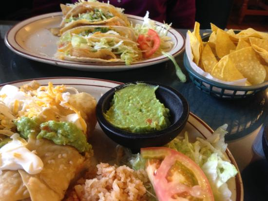 Gilberto's Mexican Restaurant: SUPERB fish tacos, warm chips and hand-made salsa, fresh guacamole, and shrimp chimichanga. OUTS