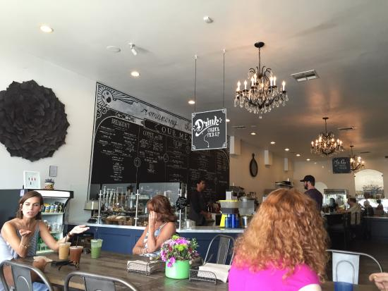 Photo of American Restaurant Romancing The Bean Cafe at 3413 W Magnolia Blvd, Burbank, CA 91505, United States