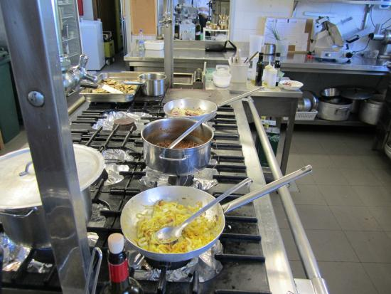 Vicchio, Italia: kitchen we cooked in for cooking classes