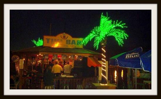 Tiki Bar North: Night Time Fun & Entertainment