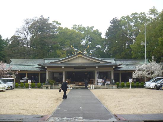 ‪Mie Gokoku Shrine‬