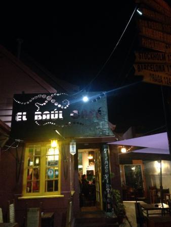 El Baul Cafe