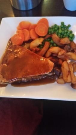 The Blue Bell Inn: chefs steak pie