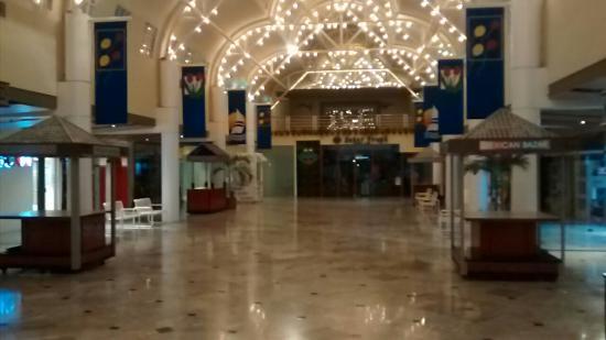 Ultrafemme - Plaza Caracol