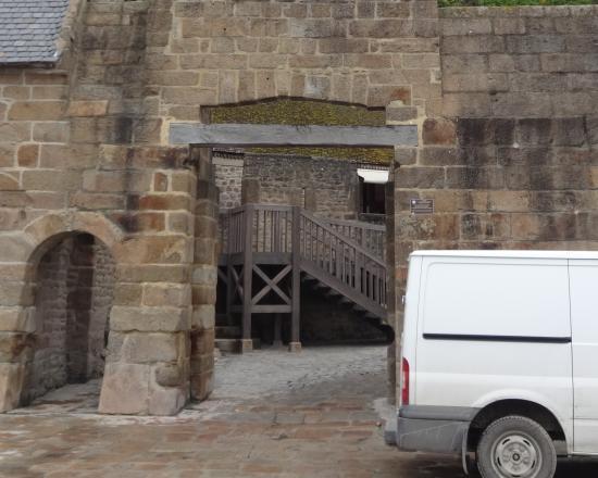 picture of porte de l 39 avancee mont saint michel tripadvisor. Black Bedroom Furniture Sets. Home Design Ideas